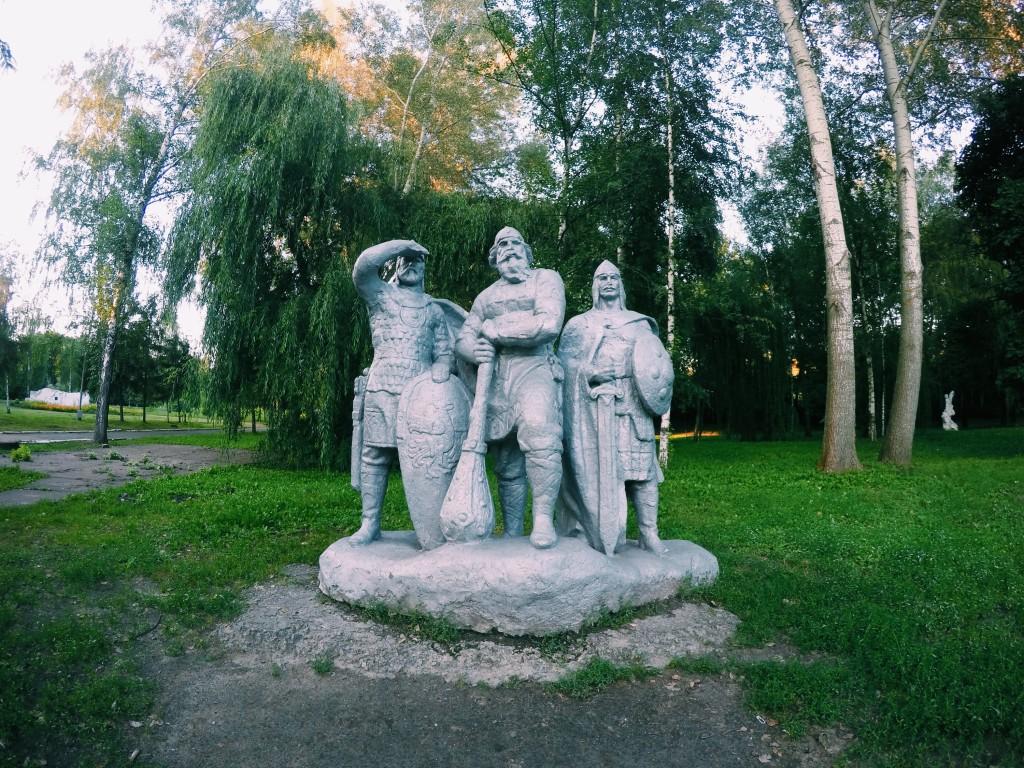 Статуи парк имени Кожедуба Сумы